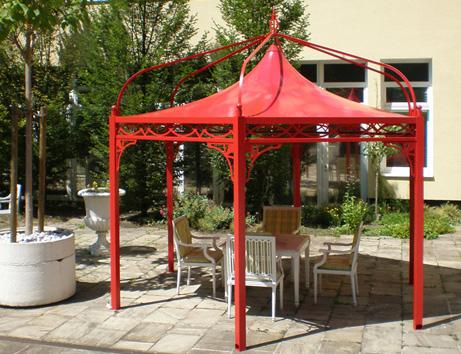 individuell gestalteter profi pavillon f r den hotel garten. Black Bedroom Furniture Sets. Home Design Ideas